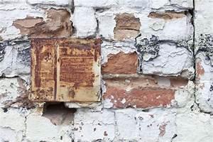Feuchtigkeit Im Mauerwerk Beseitigen : salze im mauerwerk ~ Watch28wear.com Haus und Dekorationen