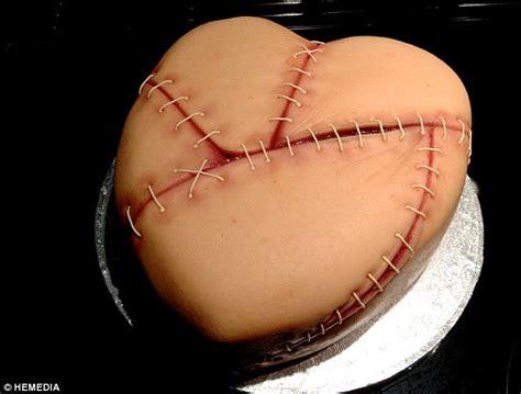 gillian bells gruesome cakes     brains