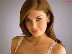 Angela Martini photo gallery - high quality pics of Angela ...