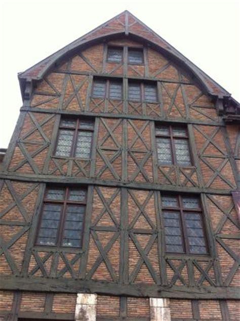 facade maison de jeanne d arc photo de maison de jeanne d arc orl 233 ans tripadvisor