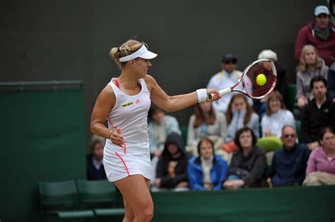 Simona Halep vs Angelique Kerber - Quarter-Final Highlights I Roland-Garros 2018
