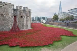 Buckingham Mirror by Artist Behind Tower Of London Poppy Display Received Death