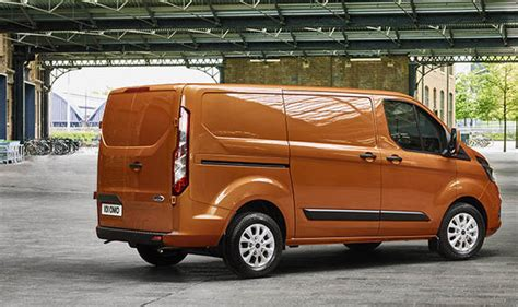 ford transit custom cer ford transit custom new 2017 gets efficient engines and bold restyling cars