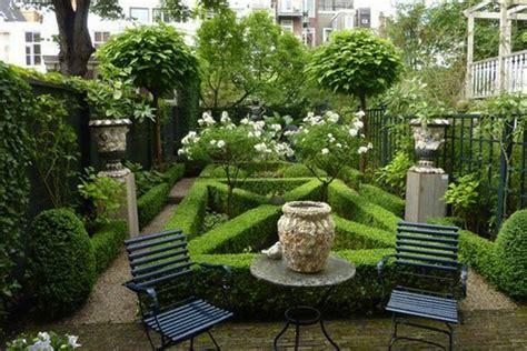 Ideje Za UreĐenje Vrta  Moj Enterijer Kupatila