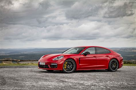 The 2021 porsche panamera arrived last week, and it has stirred the lineup heavily. 2021 Porsche Panamera GTS - Dailyrevs