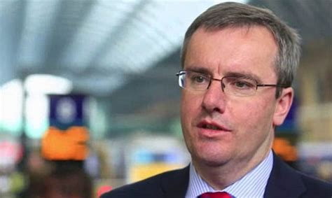 HS2 boss Simon Kirby gets £750,000 salary even though ...