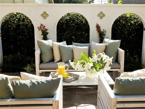 Do You Like The Outdoor Living Room Furniture Trend