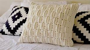 how to seam together a crocheted throw pillow cover