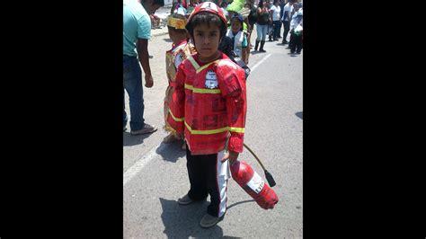 reciclaje de papel peri 211 dico disfraz de bomberito youtube