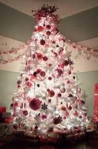 white christmas tree with pink decorations designcorner