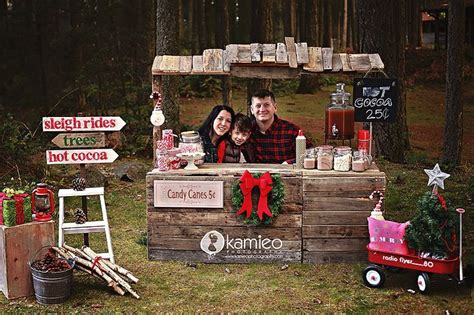 hot cocoa stand cuteness house  hargrove christmas