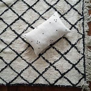 les 45 meilleures images du tableau salon sur pinterest With tapis berbere avec housse de canapé sur mesure ikea
