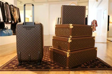 top   luxury luggage air travel guide