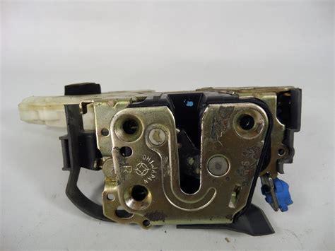 infiniti g35 sedan right front door latch lock actuator oem 80552 al500 ebay