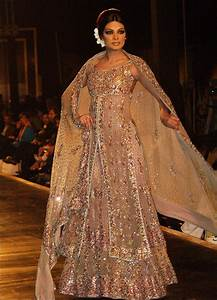 Indian wedding dresses 22 latest dresses to look like a diva for Indian style dresses for a wedding