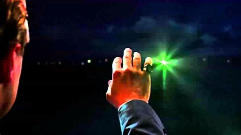 what does the green light mean in the great gatsby novel endings when should our last glimpse begin james