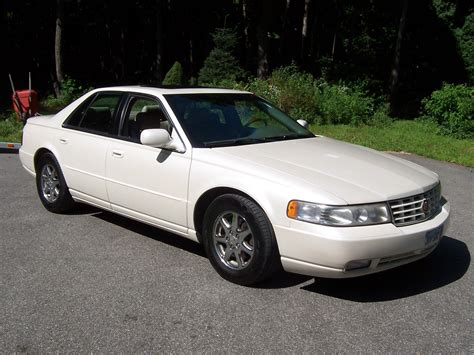 1999 Cadillac Seville Sls by 1999 Cadillac Seville Pictures Cargurus