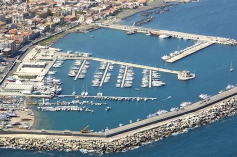 porto turistico riposto porto dell etna marina di riposto in riposto sicily