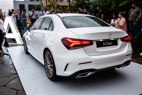 mercedes benz  class sedan brings stuttgart