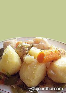 recette pot au feu vegetarien pot au feu v 233 g 233 tarien carottes poireaux oignons recette plat aujourdhui