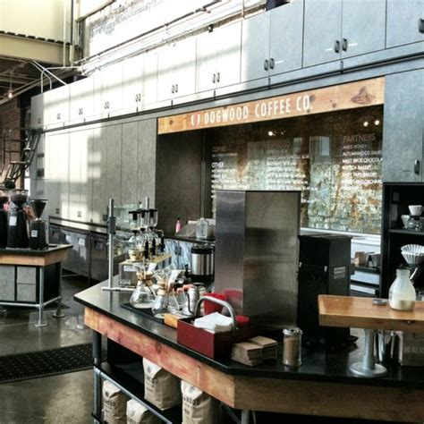 A minneapolis mainstay in the uptown neighborhood, always crowded but always yummy! Dogwood Coffee Bar - Uptown - 3001 Hennepin Ave