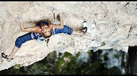 Climbing Wallpaper Background Image