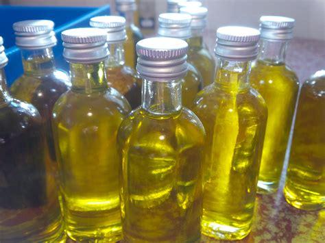 cuisiner à l huile d olive la palette aromatique de l huile d olive est d une richesse incomparable de l 39 huile des