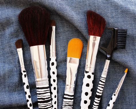 custom makeup brush diy project  beautiful mess
