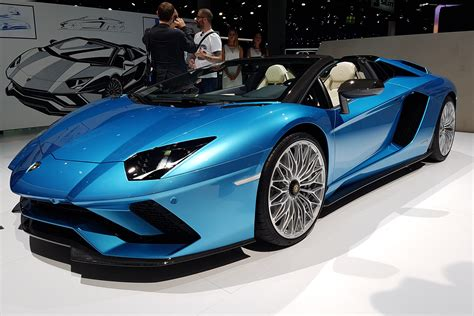 lamborghini aventador s roadster colors lamborghini aventador s roadster revealed at frankfurt 2017 auto express