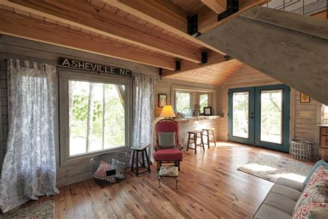 mountaintop treehouse  sunset views treehouses  rent  asheville north carolina