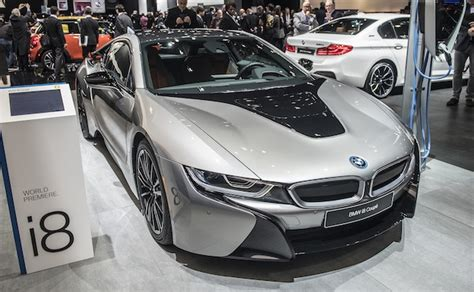 【北米国際オートショー2018】bmw、モーターとバッテリーが強化された改良型「i8 クーペ」を公開
