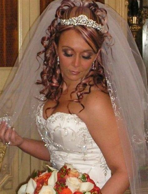 hair wedding styles with veil curly wedding hairstyles with tiara and veil wedding 1352