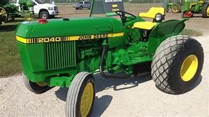 1982 John Deere 2040 Turf Tractor