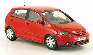 Volkswagen Golf 5 Kaufen : volkswagen golf v plus rot 2005 minichamps modellauto 1 43 ~ Kayakingforconservation.com Haus und Dekorationen