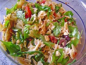 Italienische Rezepte Kostenlos : die besten 25 italienischer salat ideen auf pinterest ~ Lizthompson.info Haus und Dekorationen