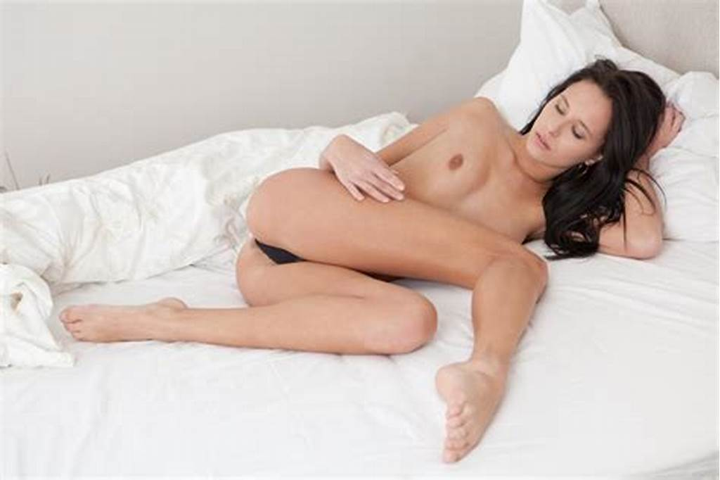 #Tanned #Pornstar #Giselle #Leon #Has #Long #Legs #Made
