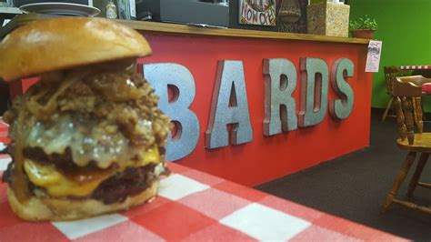 barde cuisine stacks bard s burgers and chili stacks the beef