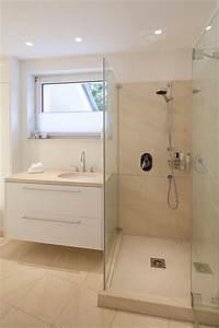 Stein Putz Bad : marmorputz in hellem bad klassisch badezimmer other metro von einwandfrei die wanddesigner ~ Sanjose-hotels-ca.com Haus und Dekorationen