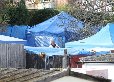 Suzy Lamplugh murder: Police search widens to patio area ...