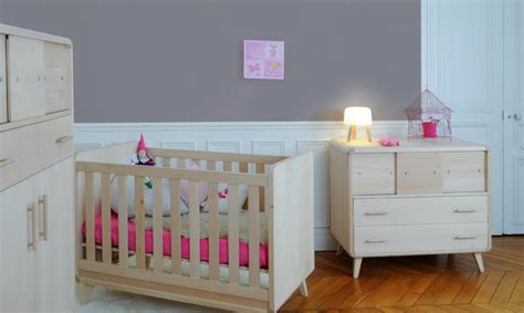decoration chambre bebe fille stunning chambre bebe mansarde gallery matkin info