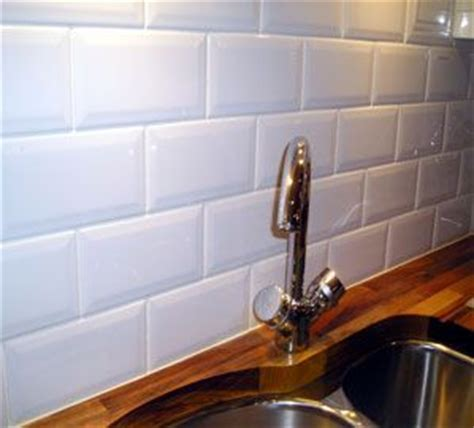 brick effect kitchen tiles metro white brick this range of kitchen wall tiles has a 4882