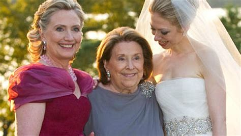 Hillary Clinton-mother Of The Bride Tweaked Her Chic