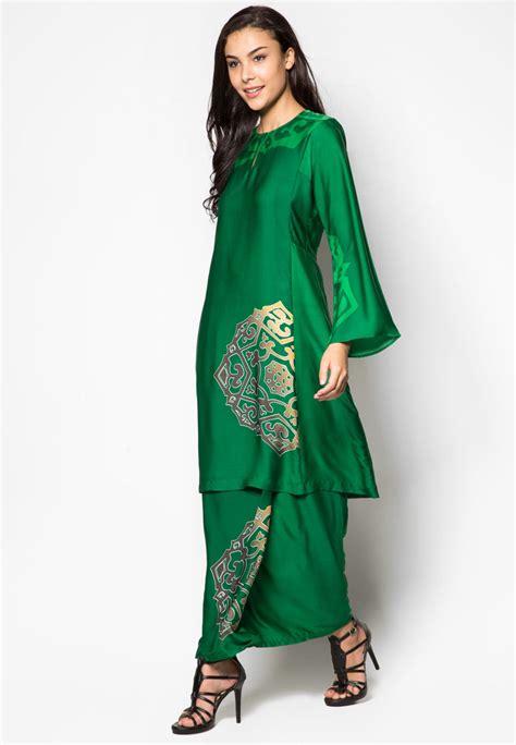 gamis baju muslim pesta wanita hijau lovingcurves malaysian traditional wear