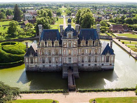 chambre d hotel luxe les 25 plus beaux châteaux de normandie