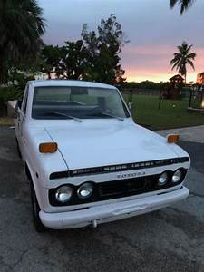 1972 Toyota Hilux Pickup Truck        Rare       For Sale