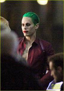 Suicid Squad Joker : joker and harley argue in new suicide squad set photos ~ Medecine-chirurgie-esthetiques.com Avis de Voitures