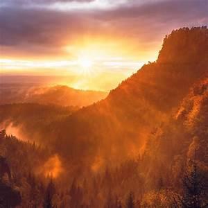 nq54-mountain-morning-light-nature-red-wallpaper