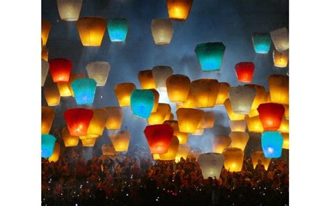 300 Pcs Mix Color Ufo Wishing Lanterns Chinese Paper Fly