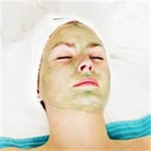 Maske Gegen Unreine Haut : so helfen masken gegen pickel akne mitesser und unreine haut ~ Frokenaadalensverden.com Haus und Dekorationen
