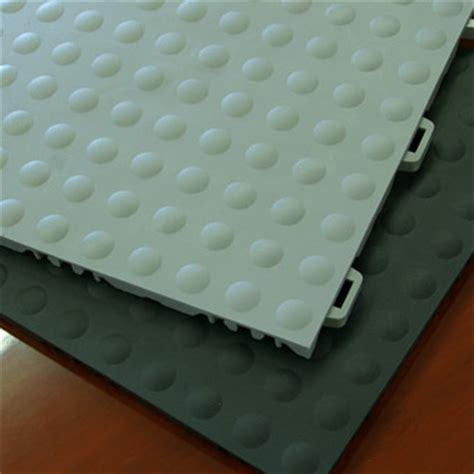 modular flooring tiles staylock bump top ergonomic flooring aerobic flooring greatmats